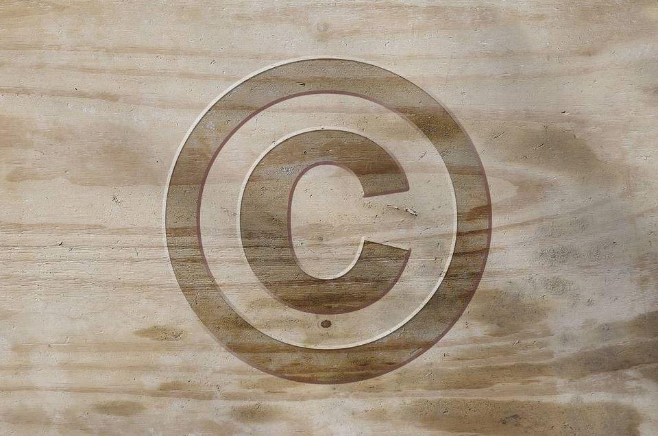 Derechos De Autor En Su Sitio Web
